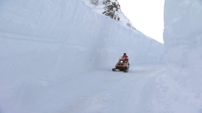 This Mountain Road In Norway Is Covered In Snow