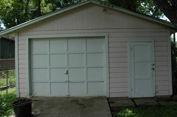 This Is Not An Ordinary Garage