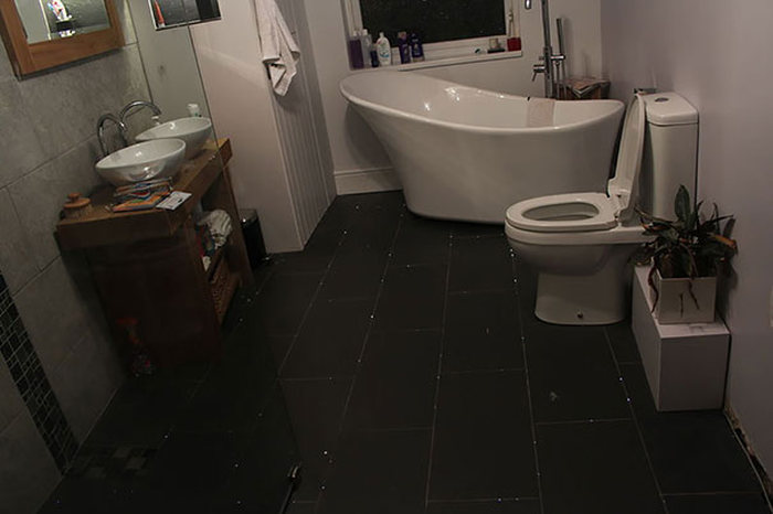 This Man Turned His Bathroom Floor Into A Beautiful Night Sky