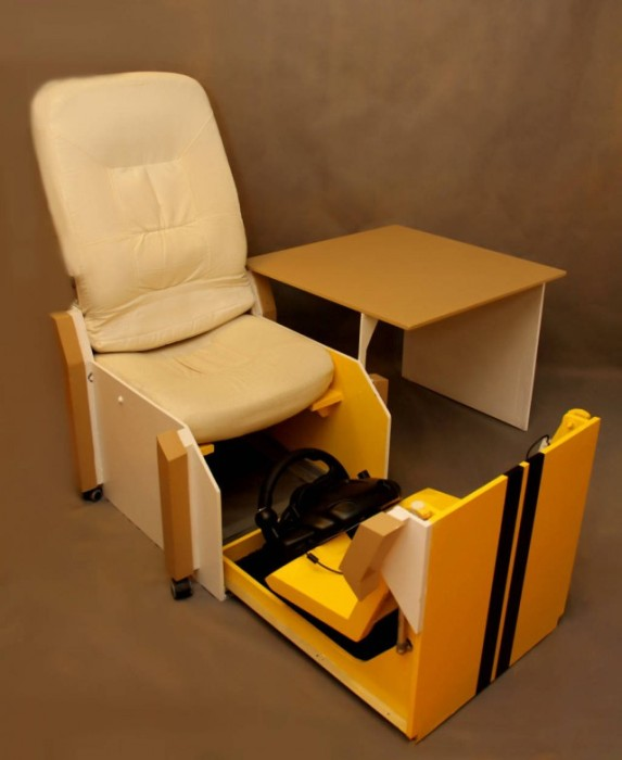 A Homemade Gaming Seat For The Gamer With A Small Space