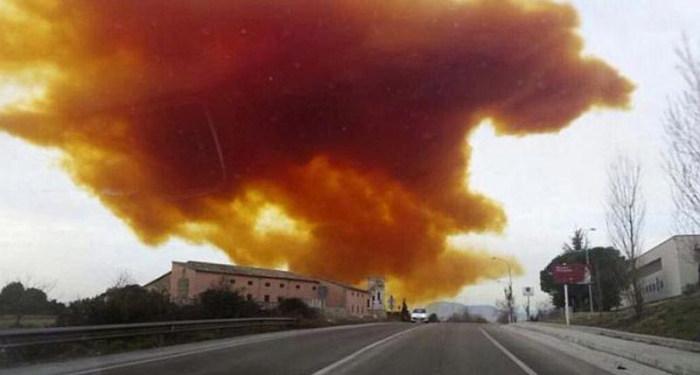 Chemical Plant Explosion Creates Toxic Orange Cloud