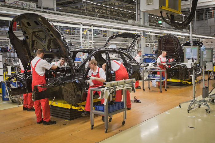 A Look Inside The Porsche Factory In Leipzig