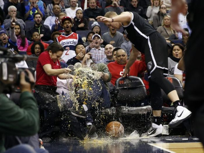 Epic Alcohol Fail At A Basketball Game