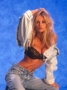 Pamela Anderson of the early 90s