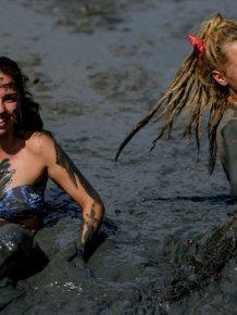 Bloco da Lama Is Brazil's Mud Party