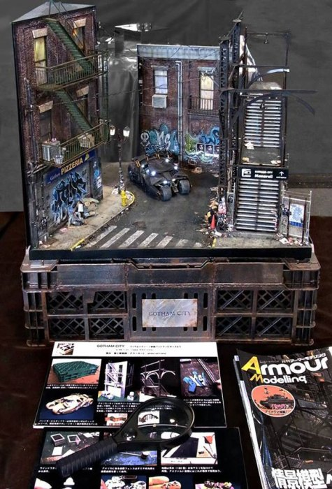 Satoshi Araki Recreates A Scene From Batman With An Awesome Diorama