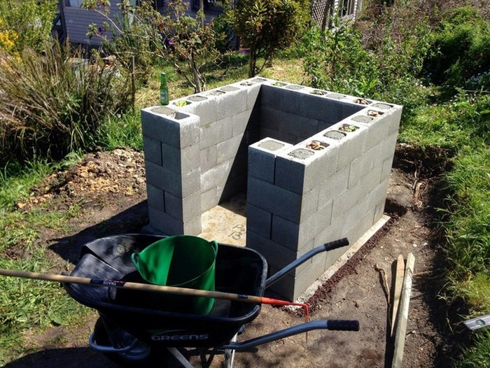 This Man Built A Brick Pizza Oven In His Own Backyard