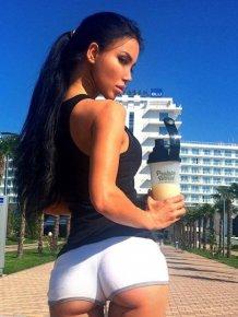 Sexy girls in short shorts