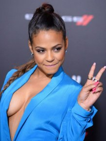 Christina Milian Shows Off A Whole Lot Of Sideboob On The Red Carpet