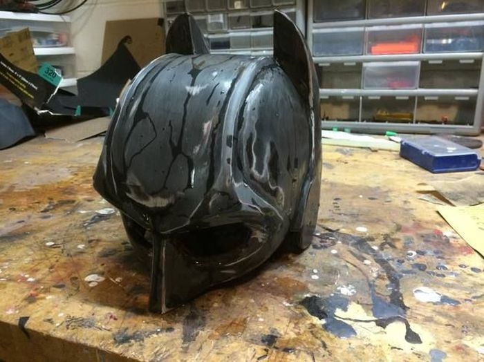 How A Real Life Batman Suit Would Stack Up Against Knives And Fists