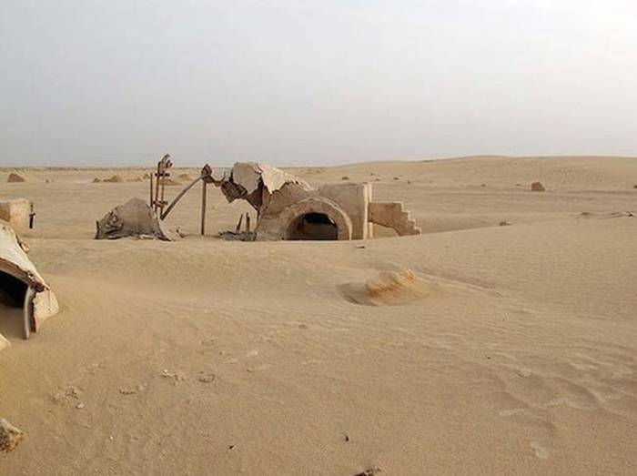 Abandoned Sets From Famous Movies And TV Shows