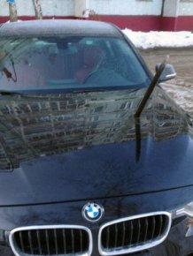 This Is Why You Don't Steal Parking Spaces During Winter