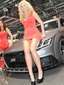 Girls of the Geneva Motor Show 2015
