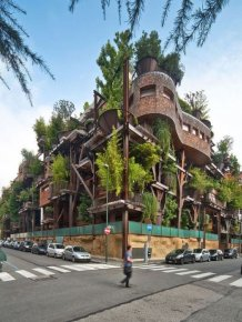 Inner City Treehouse Uses 150 Trees To Protect Residents From Noise