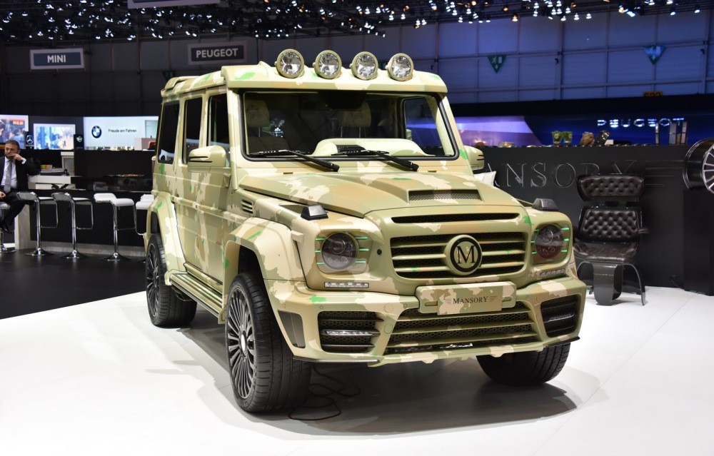 Mercedes Benz G Class Vs Land Rover Defender Vehicles