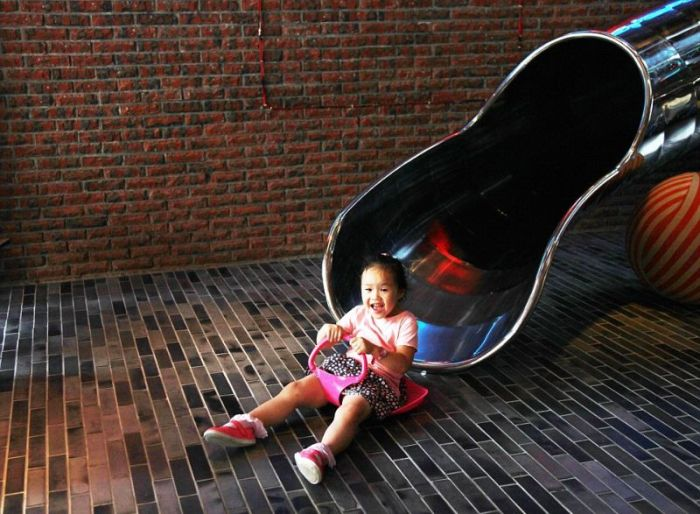 This Taiwan Hotel Spent $150,000 On A Slide For Their Guests