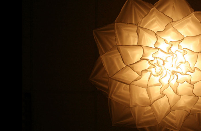 These Blooming Flower Lamps Look A Lot Like Jellyfish