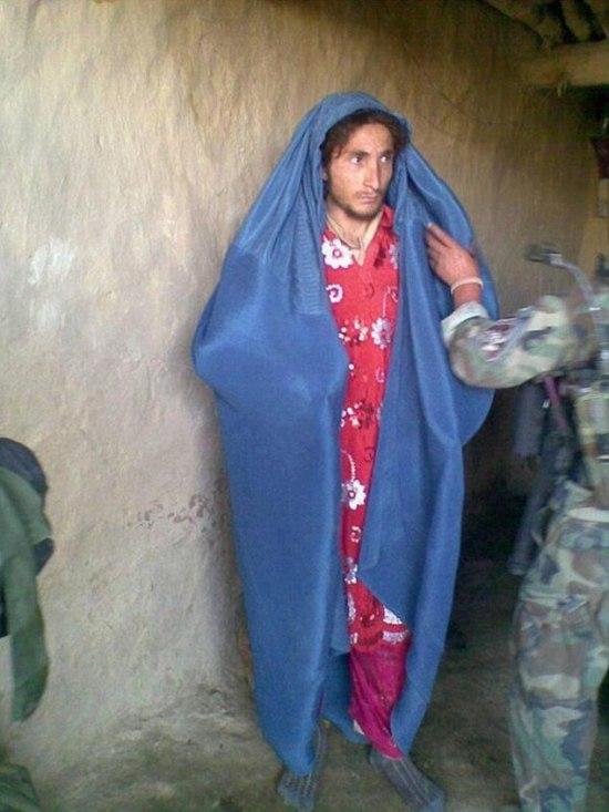 ISIS Fighters Flee Battlefield Dressed as Women