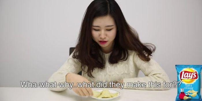 Korean Girls Have Hilarious Reactions After Tasting American Snacks