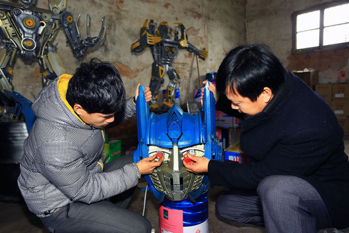 Father And Son Build Transformers From Scrap Metal In China