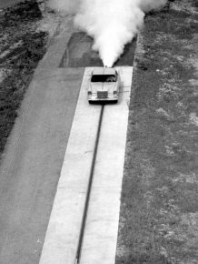 Mercedes crash test from middle of the last century