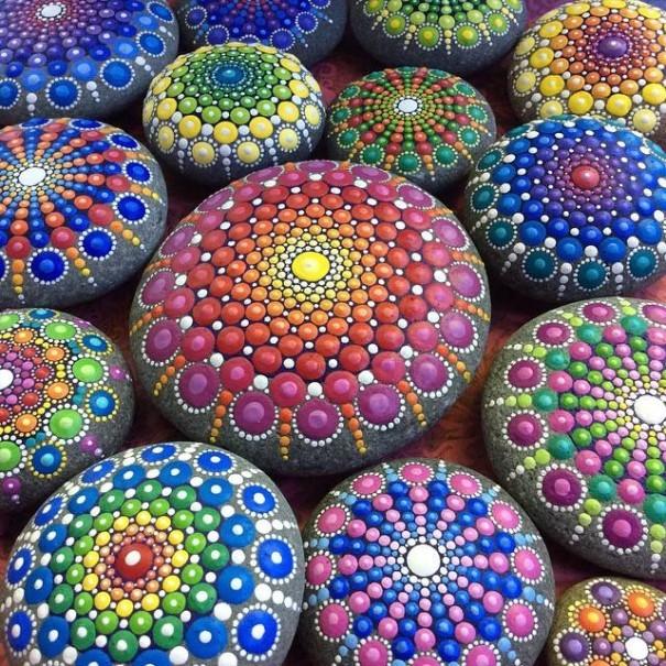 Artist Creates Amazing Mandalas By Painting Ocean Stones