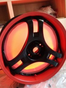 Man Turns His Wheel Rim Into The Ultimate PC