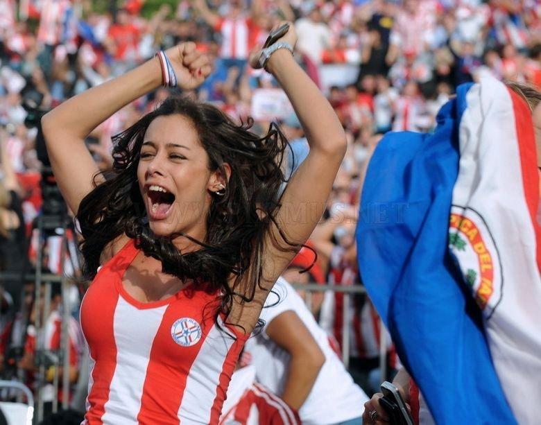 Paraguayan women fans