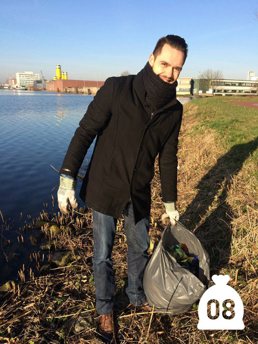 Dutch Man Starts Cleaning Up Pollution And Inspires Others To Do The Same