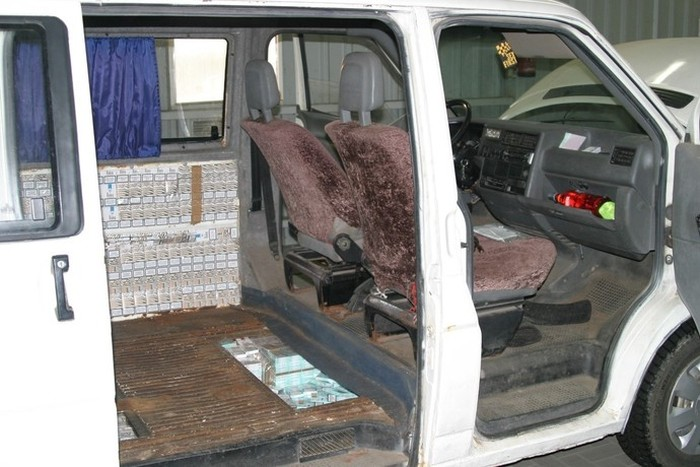 Cigarette Smugglers Get Busted In Poland
