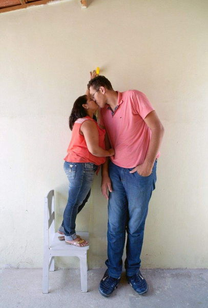 This Mismatched Couple Doesn't Let Size Get In The Way Of Love