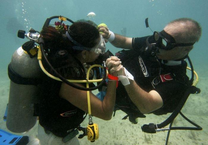 Υποβρύχια Γάμος