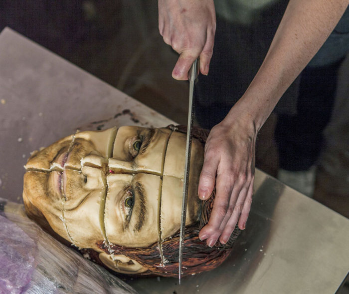 This Realistic Cake Art By Annabel de Vetten Is Creepy And Awesome