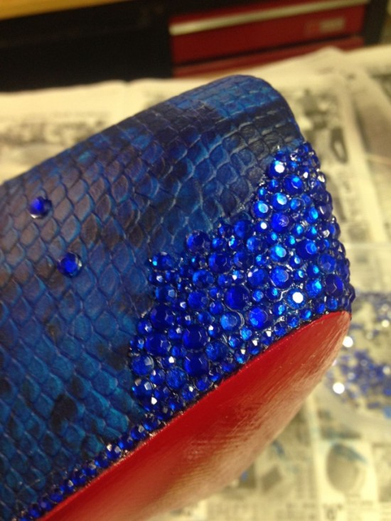 Girl Makes $5,000 Prom Shoes On A $40 Budget