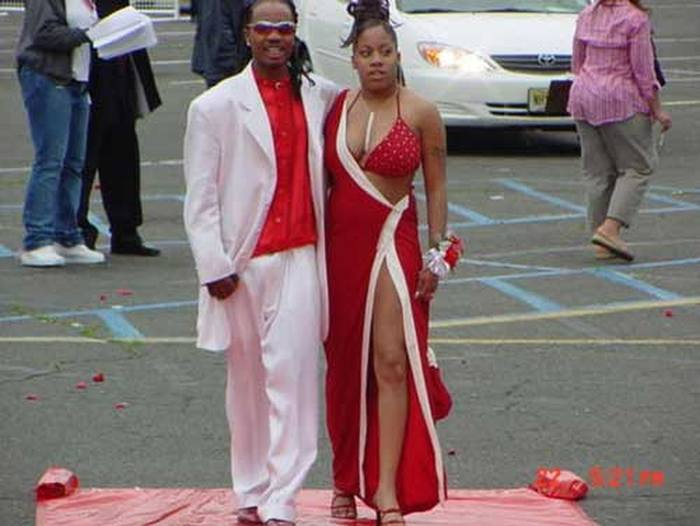 The Worst Prom Dress Fails In The History Of Proms