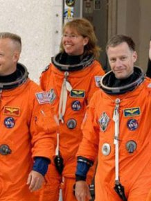 Astronauts Describe What It's Like To Be In Outer Space