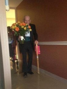Man Gets Dressed Up On 57th Wedding Anniversary And Surprises His Wife