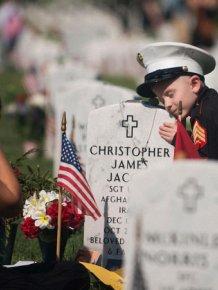 Heartbreaking Scene At Marine's Grave On Memorial Day
