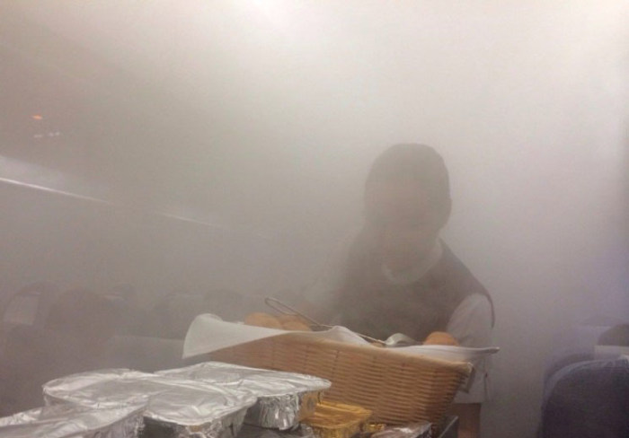 Airplane Cabin Turns Into A Sauna As It Becomes Engulfed In Steam