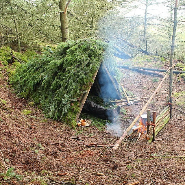 how-to-build-a-diy-shelter-7.jpg