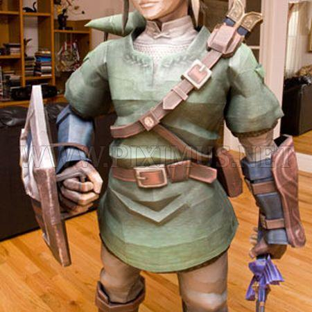 Life-Sized Papercraft of Link