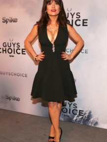 Salma Hayek Flashes Some Major Cleavage At The Guys Choice Awards