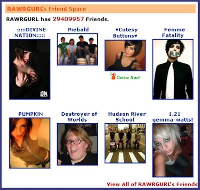 35 Flashback Pictures That Will Make You Miss The 2000s