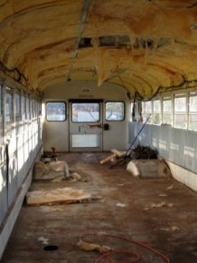 Old School Bus Gets Converted Into An Epic Motorhome