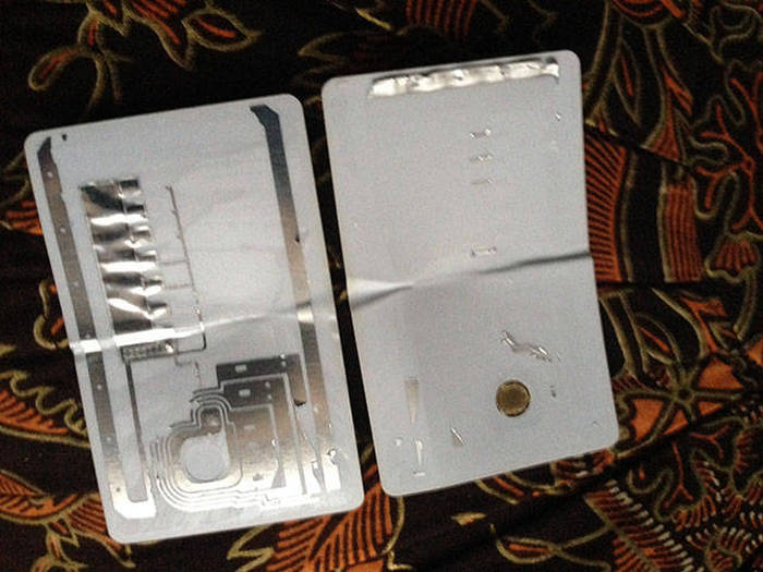 Everyday Items Get Cut In Half So You Can See What's Inside