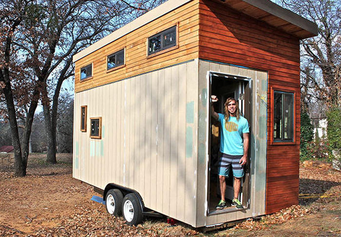 This College Student Built A Tiny Home So He Could Live Debt Free