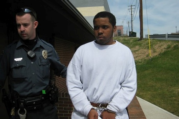 Dumb Criminals That Got Busted Because Of Their Own Stupidity