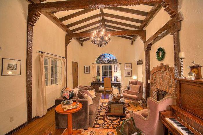 Jesse Pinkman's House From Breaking Bad Is Now On the Market