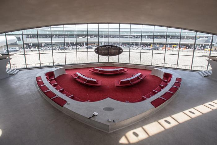 This Abandoned Terminal At JFK Airport Has Been Untouched For 50 Years