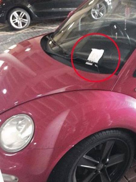 Angry Message Left On Car That Parked In The Handicapped Space